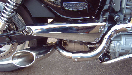 shorty exhaust for the new triumph rocket iii